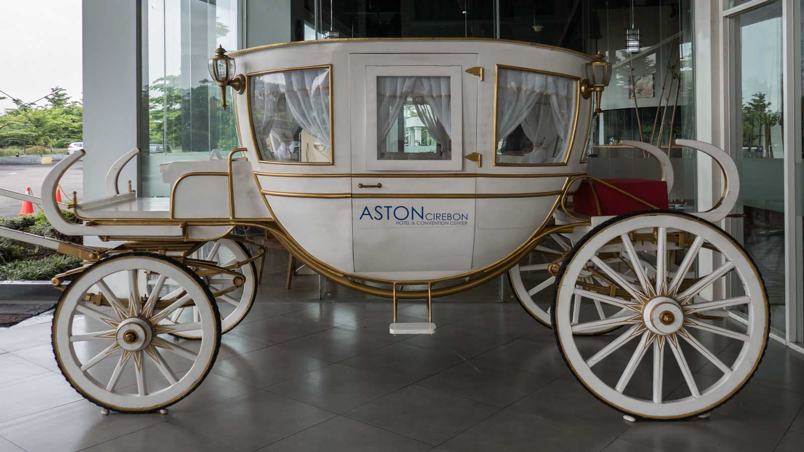 carriage at Aston Cirebon Hotel & Convention Center entrance