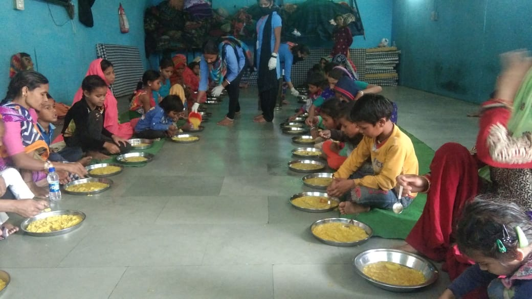 communal kitchen eating from Cafe Lota in Delhi