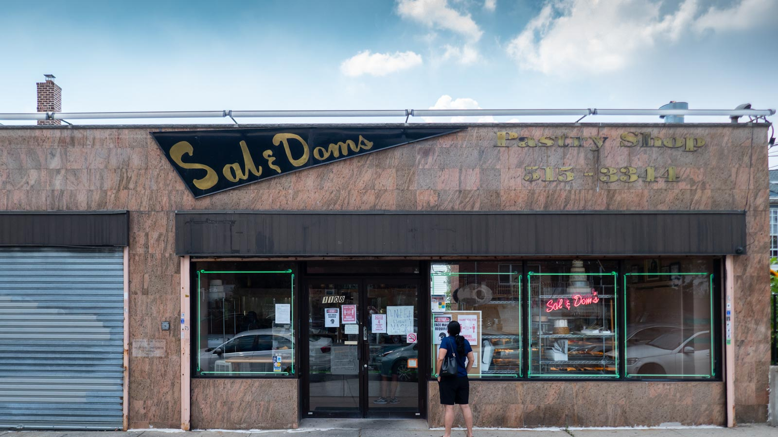 Sal & Dom's Pastry Shop Bronx NYC